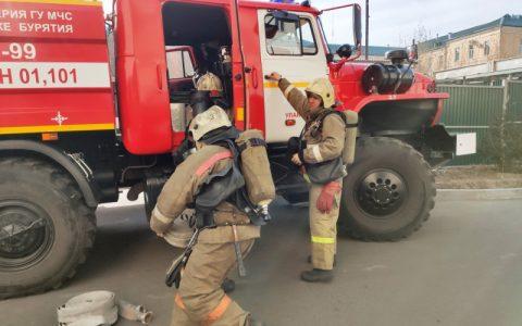 В Республиканском перинатальном центре Улан-Удэ отработали тушение пожара